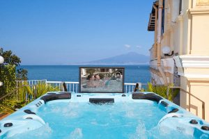"Hot tub 32"" pop-up tv BL-AHT016-32U Beauty Luxury"